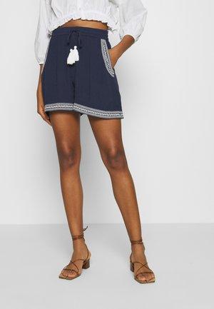 VMNEWHOUSTON  - Short - navy blazer/white