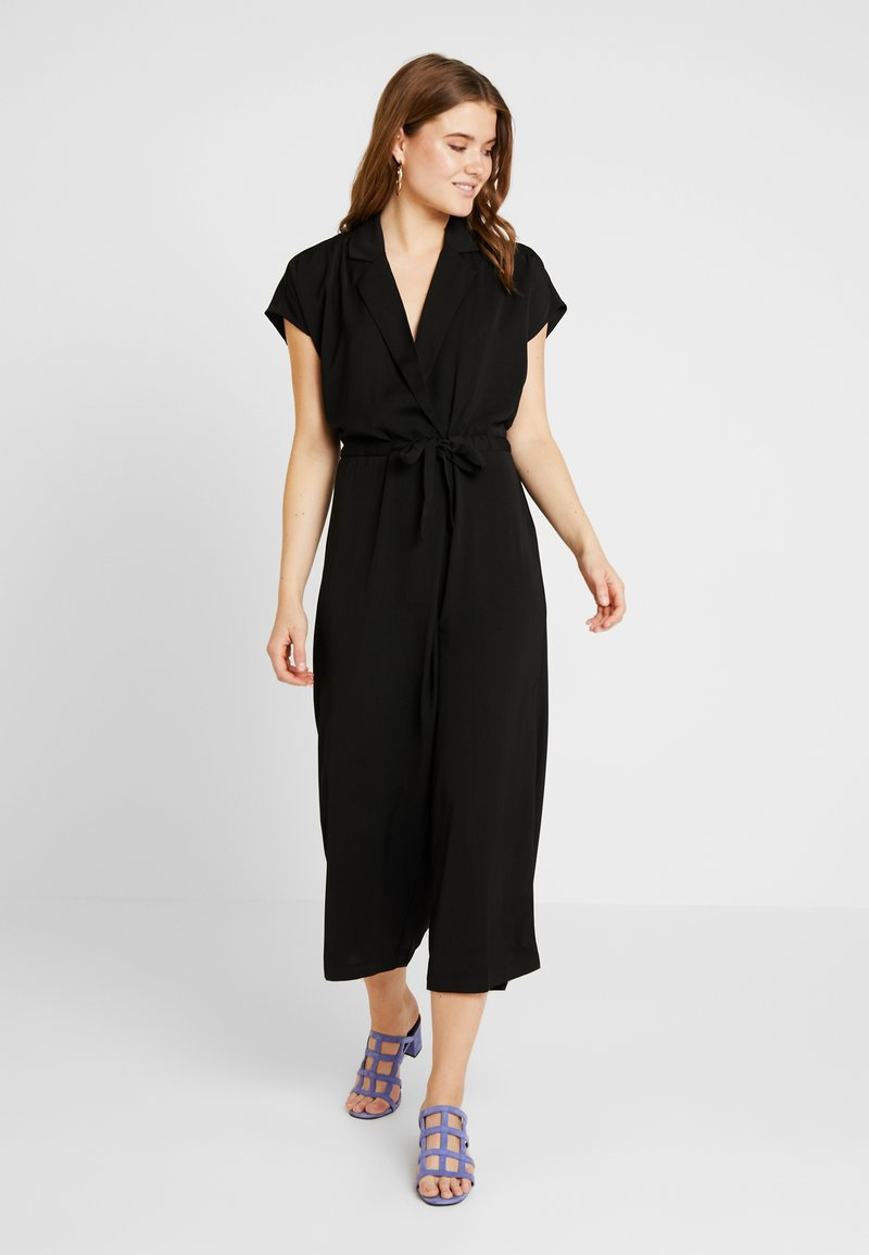 Vero Moda - VMJENNER - Jumpsuit - black