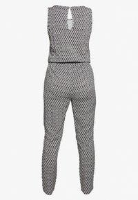 Vero Moda - VMSIMPLY EASY TANK - Jumpsuit - black/felicia - 1