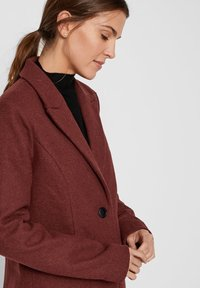 Vero Moda - VMBLAZA LONG - Classic coat - brown - 4