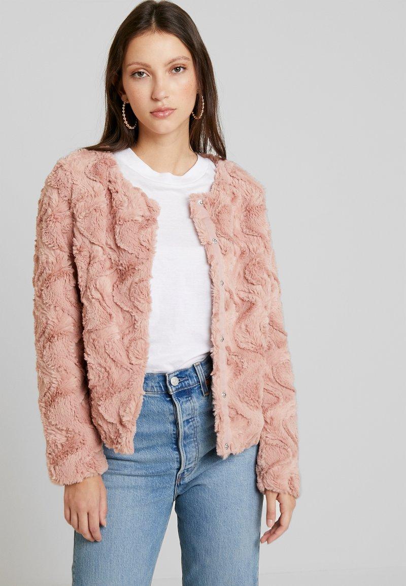 Vero Moda - VMCURL - Winter jacket - misty rose