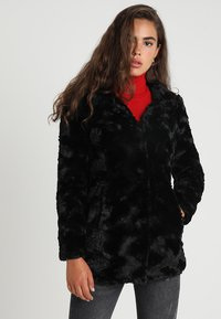 Vero Moda - VMCURL HIGH NECK JACKET NO - Cappotto corto - black - 0