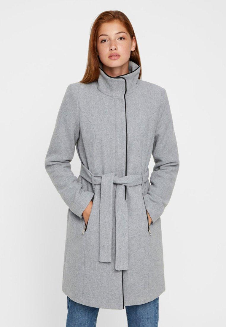 Vero Moda - Krátký kabát - light grey