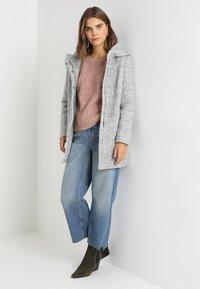 Vero Moda - VMVERODONA - Halflange jas - light grey melange - 2
