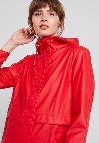 Vero Moda - VMFRIDAY NEW COATED JACKET - Parka - chinese red - 4