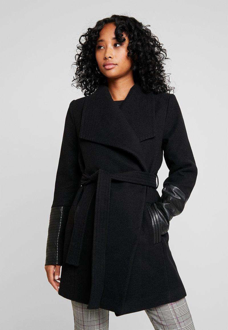 Vero Moda - VMCALA - Frakker / klassisk frakker - black