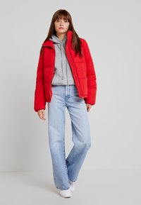 Vero Moda - VMNEWYORK JACKET SOLID - Zimní bunda - chinese red - 1