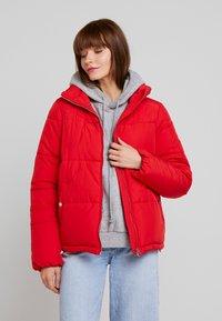 Vero Moda - VMNEWYORK JACKET SOLID - Zimní bunda - chinese red - 0