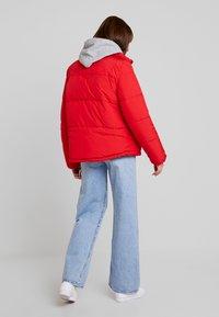 Vero Moda - VMNEWYORK JACKET SOLID - Zimní bunda - chinese red - 2