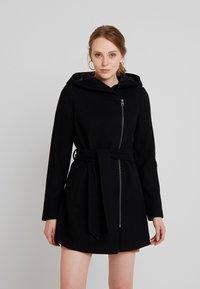 Vero Moda - VMJOYCEDAISY - Classic coat - black - 0