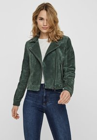 Vero Moda - VMROYCESALON JACKET - Leren jas - laurel wreath - 0