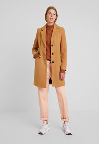 Vero Moda - VMCALA CINDY - Short coat - tobacco brown - 1