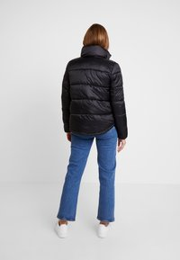 Vero Moda - VMMOLDE JACKET - Winter jacket - black - 2