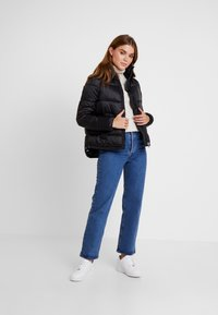 Vero Moda - VMMOLDE JACKET - Winter jacket - black - 1