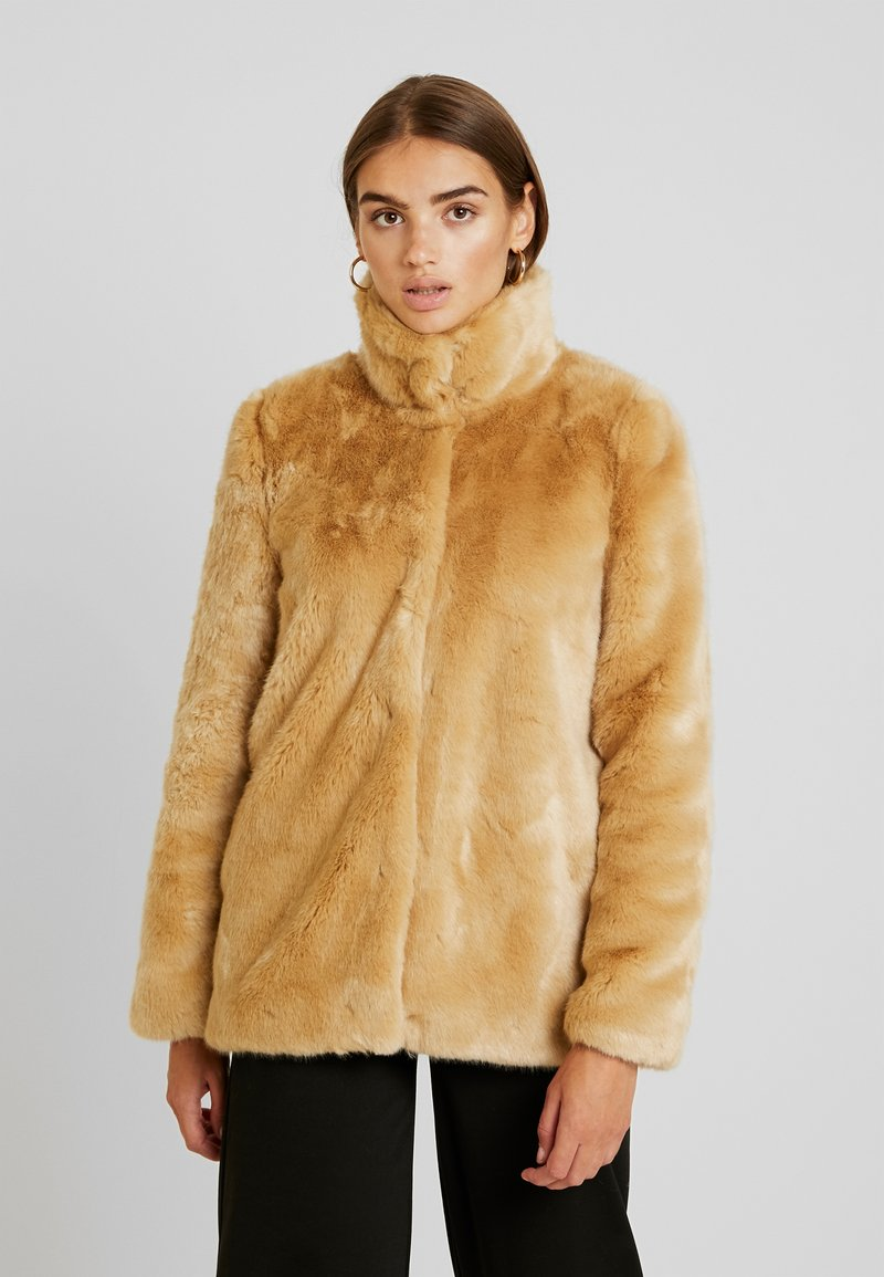 Vero Moda - VMMINK  JACKET - Winter jacket - birch