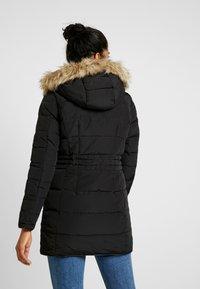 Vero Moda - VMVIENNA JACKET BOOS - Kabát zprachového peří - black - 2