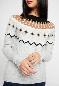 Vero Moda - VMTITI O NECK - Jumper - light grey melange/black/pristin - 4