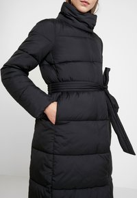 Vero Moda - VMPUFFY - Zimní kabát - black - 3