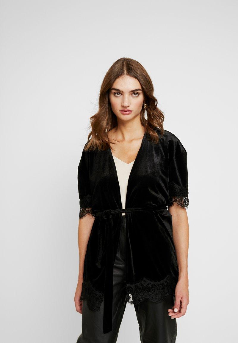 Vero Moda - Zimní bunda - black
