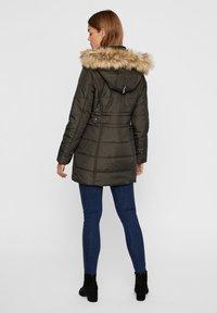 Vero Moda - PARKA WINTER - Veste d'hiver - peat - 2