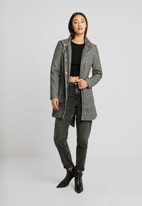 Vero Moda - VMJULIAVERODONA HIGHNECK - Short coat - dark grey melange - 1