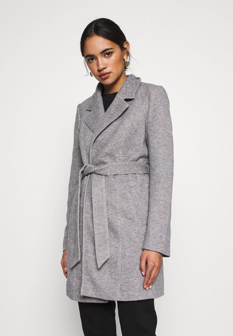 Vero Moda - VMVERODONA  - Short coat - light grey melange