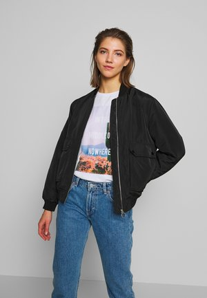 VMPAU SHORT JACKET - Bomber bunda - black