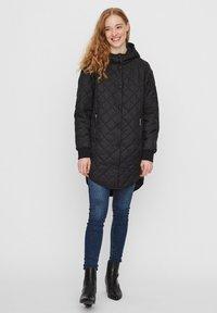 Vero Moda - Płaszcz zimowy - black - 1