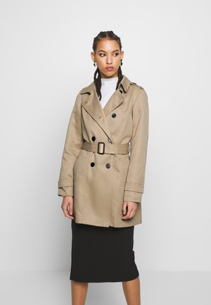 VMMADISON  - Trench - silver mink