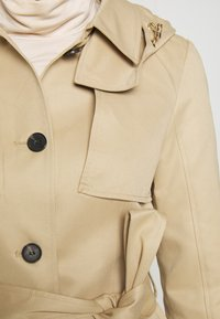 Vero Moda - VMGLORIELLA JACKET  - Trench - travertine - 6