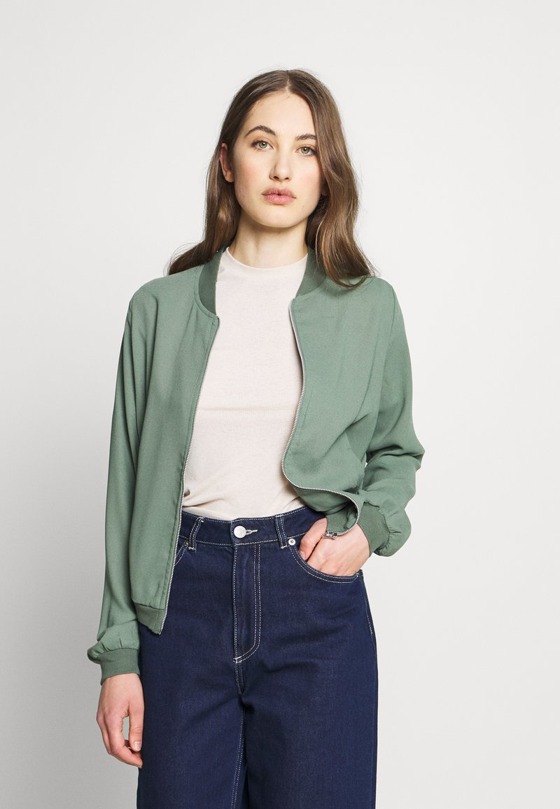 Vero Moda - VMISABEL JACKET COLOR - Bomberjacka - laurel wreath