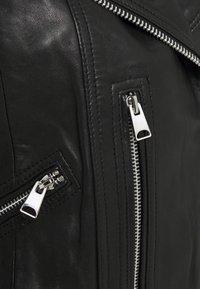 Vero Moda - VMALICIA SHORT JACKET - Leren jas - black - 2