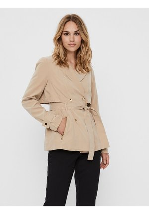 JACKE SHORT DOUBLE-BREASTED - Summer jacket - beige
