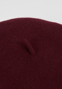 Vero Moda - VMEMILY HAT - Mössa - port royale - 5