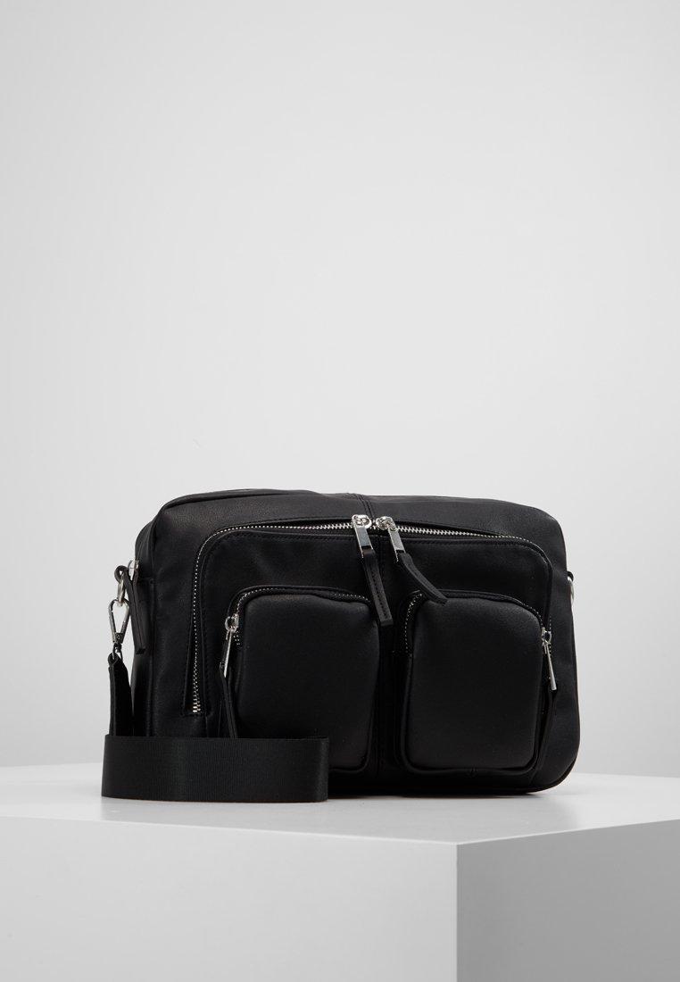 Vero Moda - VMCASHA BIG CROSS OVER BAG - Taška spříčným popruhem - black
