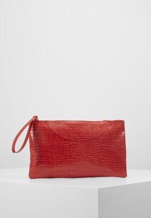 VMCROKA CLUTCH - Pikkulaukku - fiery red