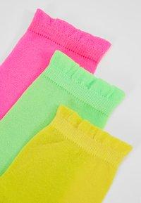 Vero Moda - VMNEON SOCKS 4 PACK - Sokken - neon pink - 2