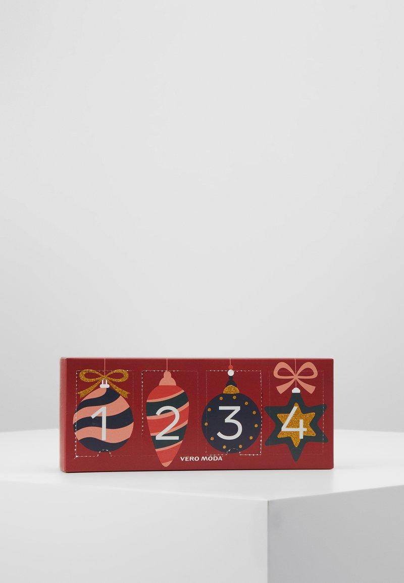 Vero Moda - VMFROSTY SOCKS GIFTBOX 4 PACK - Socks - multi-coloured