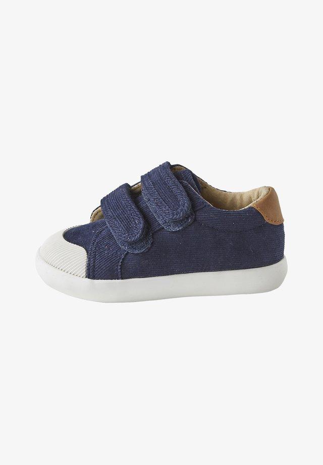 Baby shoes - marine
