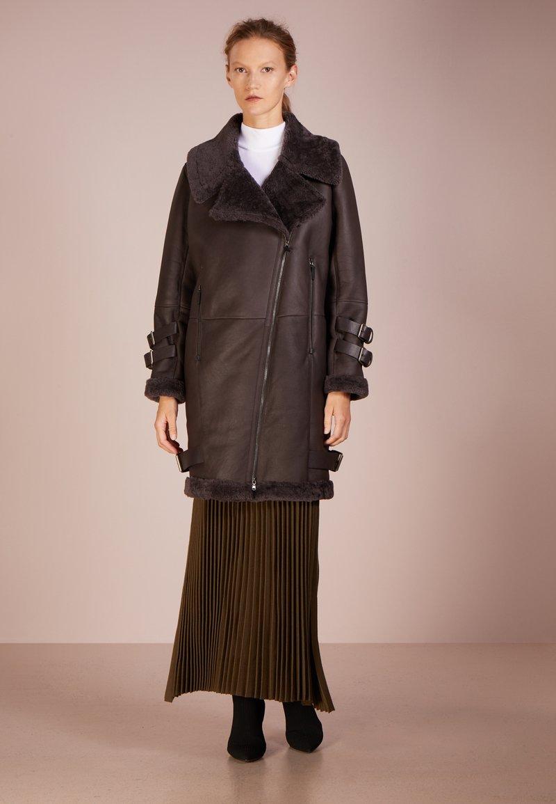 VSP - SEMI CURLY COAT - Frakker / klassisk frakker - denna