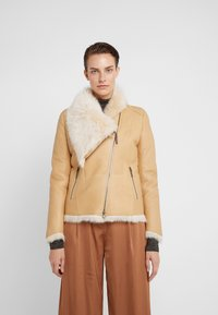 VSP - SHORT JACKET - Leather jacket - toscana vanilla - 0