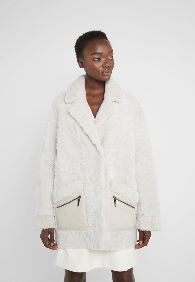 VSP - ZIPPER JACKET - Short coat - merino wendy white