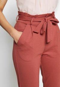 Vero Moda Tall - VMEVA  LOOSE PAPERBAG PANT  - Bukse - marsala - 5