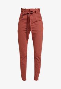 Vero Moda Tall - VMEVA  LOOSE PAPERBAG PANT  - Pantalon classique - mahogany - 5