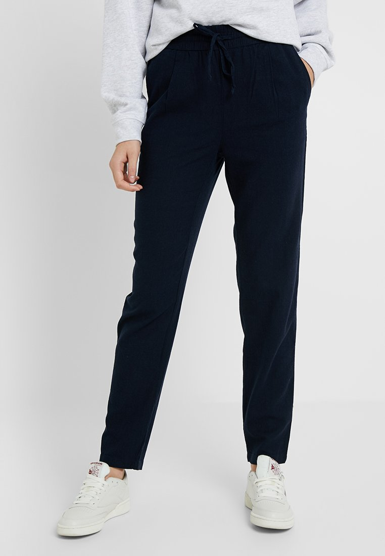Vero Moda Tall - VMANNA MILO CITRUS PANT - Pantalones - night sky