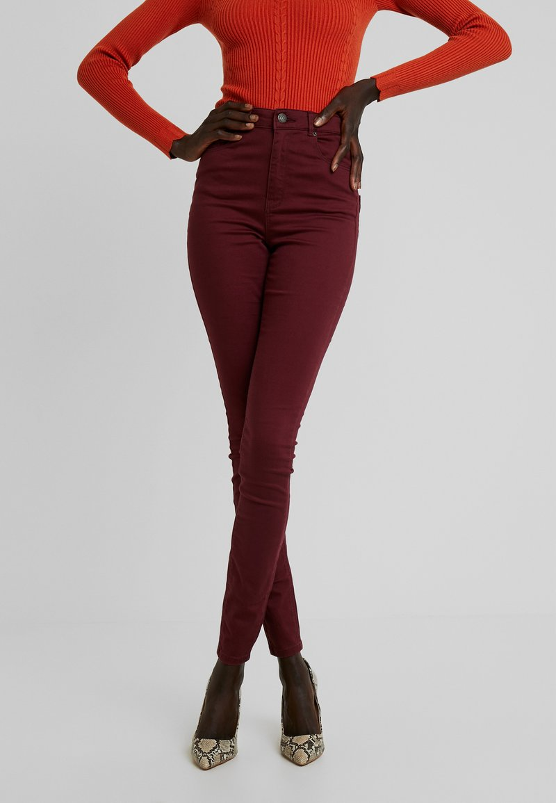 Vero Moda Tall - VMHOT SOPHIA PANTS - Jeans Skinny Fit - port royale