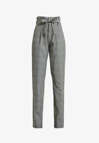 Vero Moda Tall - VMEVA LOOSE PAPERBAG CHECK PANT - Pantalon classique - grey/white - 4