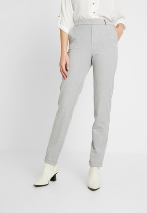 VMMAYA LOOSE SOLID PANT - Pantalon classique - light grey
