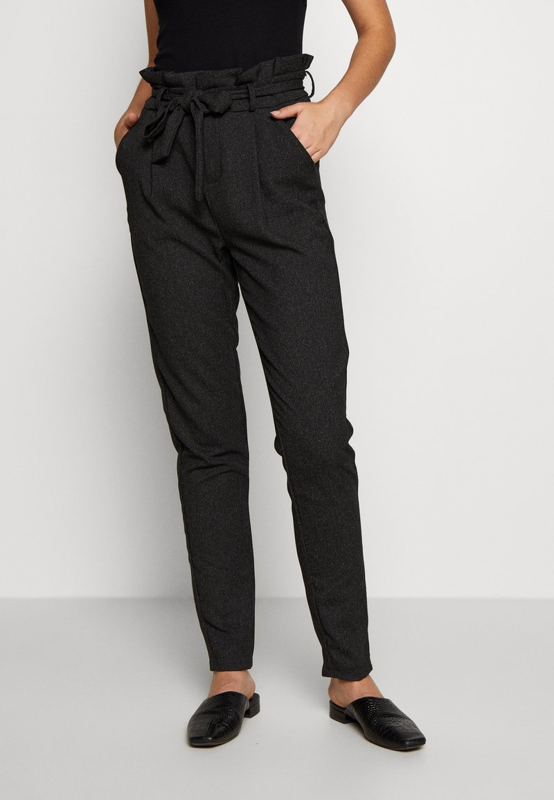 Vero Moda Tall - VMEVA LOOSE PAPERBAG - Pantalon classique - black