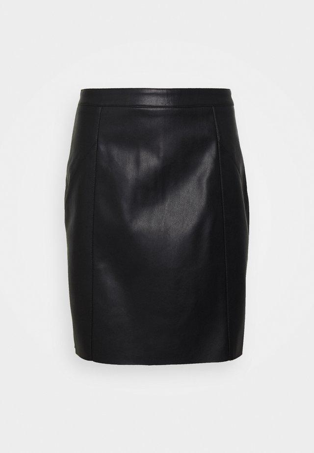 VMNORARIO SHORT SKIRT - Pencil skirt - black